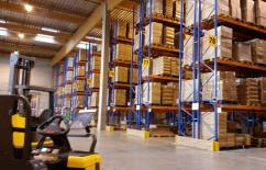Warehouse_Forklift_Storage_Unit